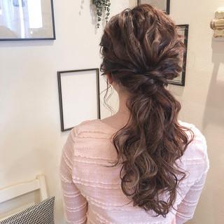 アンニュイほつれヘア セミロング フェミニン 大人かわいい ヘアスタイルや髪型の写真・画像