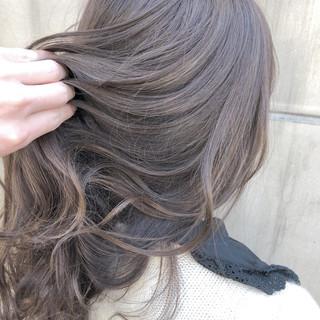 ナチュラル ミディアム 簡単ヘアアレンジ 謝恩会 ヘアスタイルや髪型の写真・画像