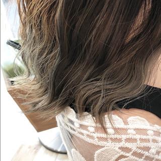 モード ハイライト 波ウェーブ バレイヤージュ ヘアスタイルや髪型の写真・画像