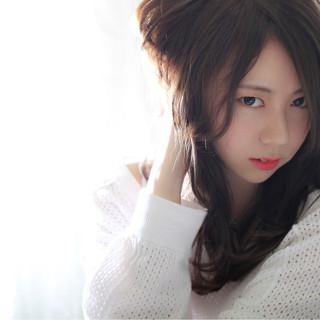 外国人風 ロング ゆるふわ パーマ ヘアスタイルや髪型の写真・画像