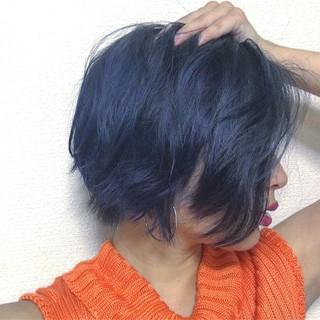 アンニュイ 色気 ウェーブ 暗髪 ヘアスタイルや髪型の写真・画像