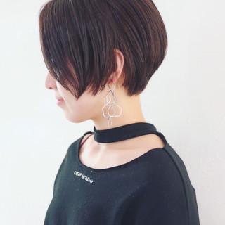 モード 黒髪 前下がり かっこいい ヘアスタイルや髪型の写真・画像