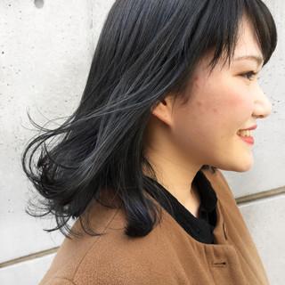 アッシュグレー ブリーチ ストリート 外国人風カラー ヘアスタイルや髪型の写真・画像