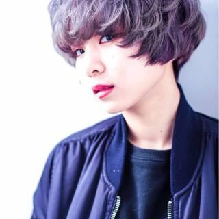 ショート グラデーションカラー ストリート ガーリー ヘアスタイルや髪型の写真・画像
