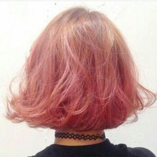 外国人風 レッド ガーリー 春 ヘアスタイルや髪型の写真・画像