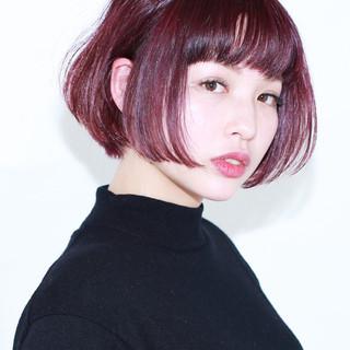 前髪あり 色気 小顔 ナチュラル ヘアスタイルや髪型の写真・画像