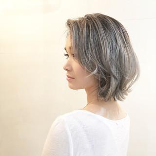 バレイヤージュ ナチュラル 色気 グラデーションカラー ヘアスタイルや髪型の写真・画像