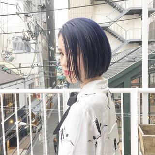 ネイビーカラー マッシュウルフ ストリート ラベンダーアッシュ ヘアスタイルや髪型の写真・画像