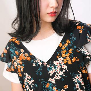 アッシュ 暗髪 透明感 ミディアム ヘアスタイルや髪型の写真・画像