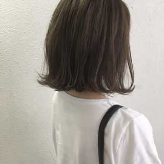 ナチュラル 外ハネ 切りっぱなし ボブ ヘアスタイルや髪型の写真・画像