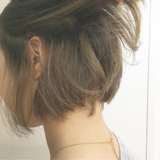 ハイトーン ブリーチ イルミナカラー アッシュ ヘアスタイルや髪型の写真・画像