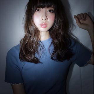 ウェーブ モード 暗髪 大人女子 ヘアスタイルや髪型の写真・画像