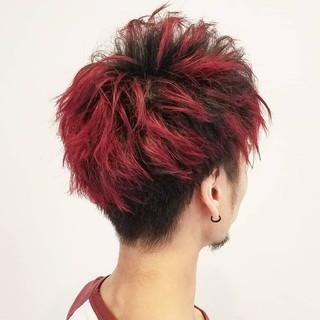 パーマ ツイスト ショート レッド ヘアスタイルや髪型の写真・画像