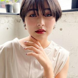 ミディアムレイヤー ショートヘア ベリーショート ショートボブ ヘアスタイルや髪型の写真・画像