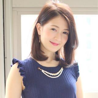 女子会 オフィス ミディアム デート ヘアスタイルや髪型の写真・画像