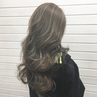 ロング ハイライト ストリート グラデーションカラー ヘアスタイルや髪型の写真・画像