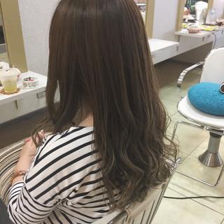アンニュイ グラデーションカラー ハイライト ウェーブ ヘアスタイルや髪型の写真・画像