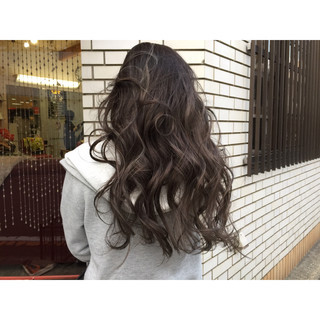 ロング モード グラデーションカラー 外国人風カラー ヘアスタイルや髪型の写真・画像