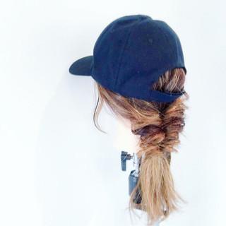 くるりんぱ キャップ ナチュラル セミロング ヘアスタイルや髪型の写真・画像