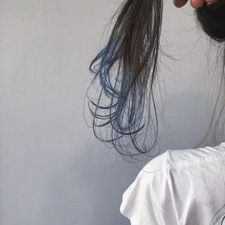 ネイビー セミロング グラデーションカラー ネイビーブルー ヘアスタイルや髪型の写真・画像