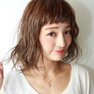 波ウェーブ パーマ 前髪あり ストリート ヘアスタイルや髪型の写真・画像