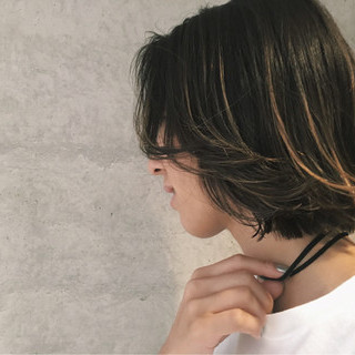 グラデーションカラー ボブ 暗髪 アッシュ ヘアスタイルや髪型の写真・画像