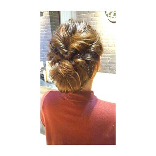 くるりんぱ 大人かわいい シニヨン ナチュラル ヘアスタイルや髪型の写真・画像