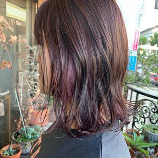 切りっぱなしボブ ピンクパープル ナチュラル ミディアム ヘアスタイルや髪型の写真・画像