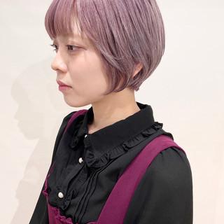 ピンクベージュ ガーリー ショート ベリーピンク ヘアスタイルや髪型の写真・画像