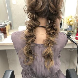 ナチュラル 編みおろしツイン 編みおろしヘア 編みおろし ヘアスタイルや髪型の写真・画像