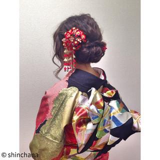 ミディアム ヘアアレンジ ゆるふわ 成人式 ヘアスタイルや髪型の写真・画像