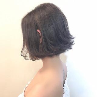 インナーカラー 黒髪 色気 アッシュ ヘアスタイルや髪型の写真・画像