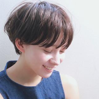 ウェットヘア ショート マッシュ ナチュラル ヘアスタイルや髪型の写真・画像