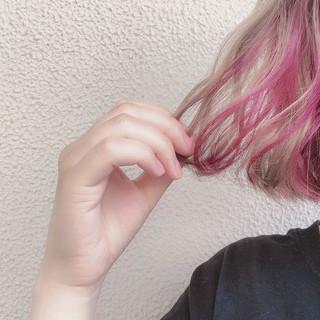 ピンクパープル 切りっぱなしボブ ピンク ミニボブ ヘアスタイルや髪型の写真・画像