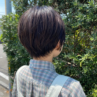 ショートボブ ショートヘア ナチュラル マッシュショート ヘアスタイルや髪型の写真・画像