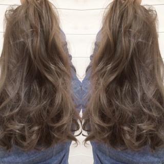 アッシュ グラデーションカラー 外国人風 コンサバ ヘアスタイルや髪型の写真・画像