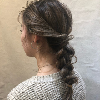 結婚式 フェミニン 簡単ヘアアレンジ ミディアム ヘアスタイルや髪型の写真・画像