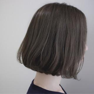 外国人風カラー ナチュラル イルミナカラー グレージュ ヘアスタイルや髪型の写真・画像