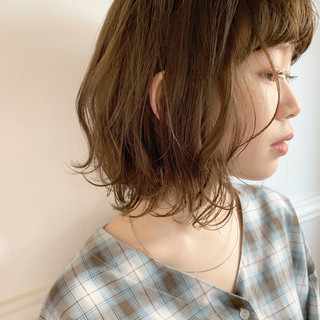 アンニュイほつれヘア ヘアアレンジ 大人かわいい オフィス ヘアスタイルや髪型の写真・画像