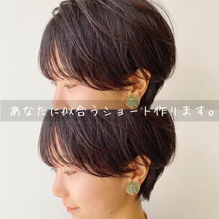 ショートボブ ナチュラル ショートヘア 大人ショート ヘアスタイルや髪型の写真・画像