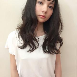 フェミニン ロング パーマ 黒髪 ヘアスタイルや髪型の写真・画像