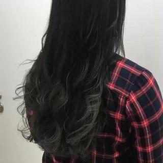 暗髪 外国人風 グレージュ 透明感 ヘアスタイルや髪型の写真・画像