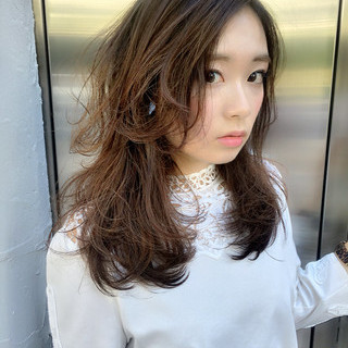 フェミニン ロング グラデーションカラー アッシュ ヘアスタイルや髪型の写真・画像