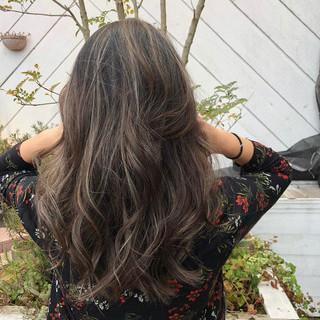 アンニュイほつれヘア オフィス ロング デート ヘアスタイルや髪型の写真・画像