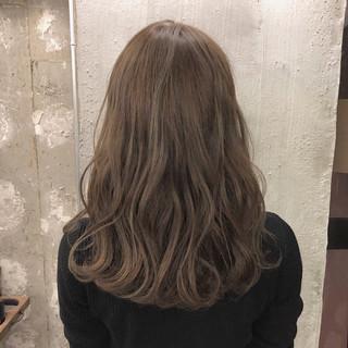ヘアアレンジ フェミニン ナチュラル セミロング ヘアスタイルや髪型の写真・画像