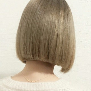 アッシュ 色気 ストレート 外国人風 ヘアスタイルや髪型の写真・画像