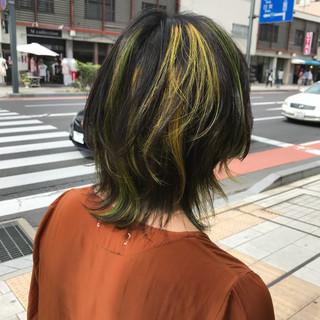 ミディアム モード マッシュ ブリーチ ヘアスタイルや髪型の写真・画像