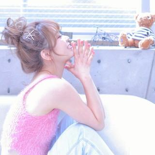メッシーバン ヘアピン ピュア ヘアアレンジ ヘアスタイルや髪型の写真・画像