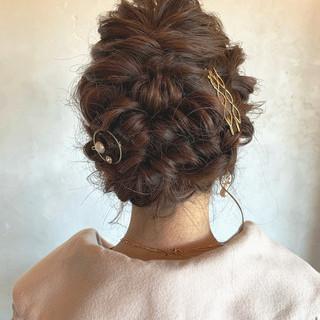 簡単ヘアアレンジ エレガント 結婚式 セミロング ヘアスタイルや髪型の写真・画像