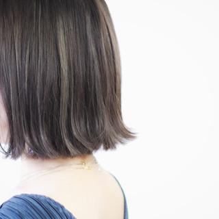 グレージュ ミルクティーグレージュ ナチュラル アッシュグレージュ ヘアスタイルや髪型の写真・画像